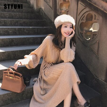 Women's French retro twist solid dress 2020 autumn and winter new light mature wind casual tie knitted dress lantern sleeves